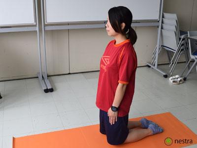 腸腰筋ストレッチ1
